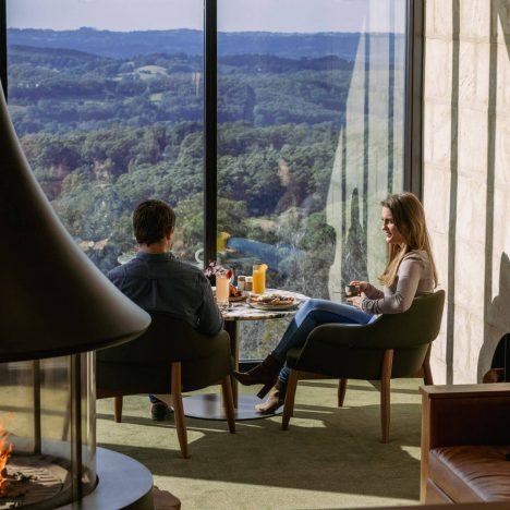 SEQUOIA-Lodge-breakfast-lounge-web-2